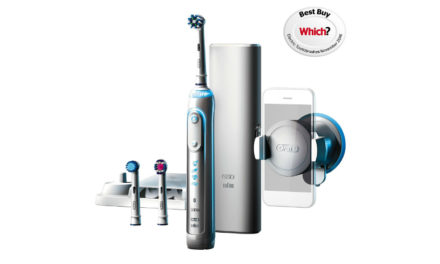 Oral-B Pro 7000 vs 8000 Electric Toothbrush Review